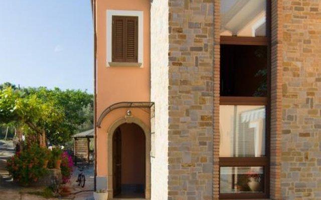 Отель Dominella 2 Казаль-Велино вид на фасад