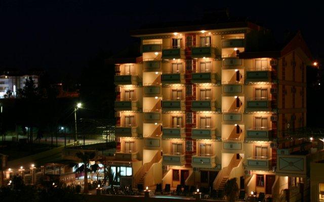 Hotel Side Best House вид на фасад