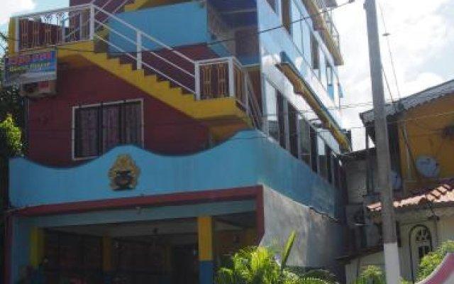 Отель King Fish Guest House вид на фасад