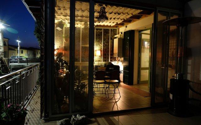 Отель Welc-oM Mulino di Pontemanco Дуэ-Карраре вид на фасад
