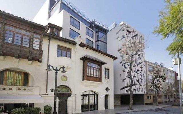 Hotel Cumbres Lastarria вид на фасад