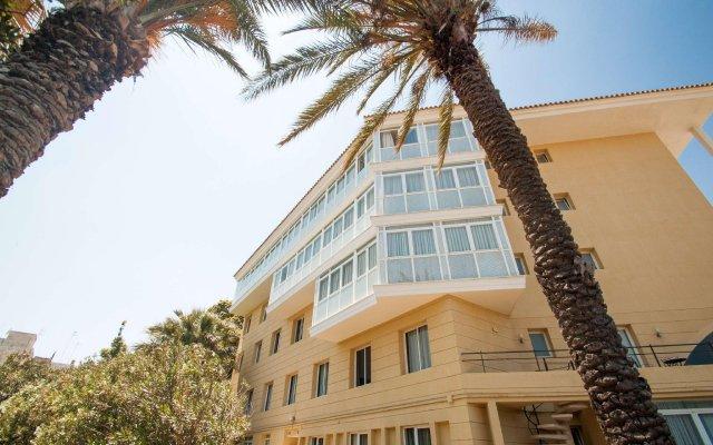 Отель Catalonia Mirador des Port вид на фасад