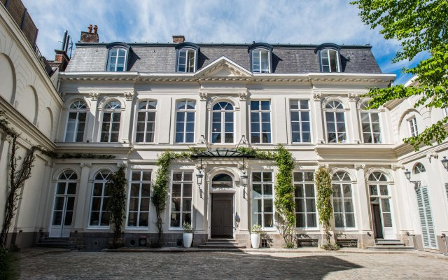 Clarance Hotel Lille 0