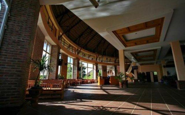 CucPhuong Resort