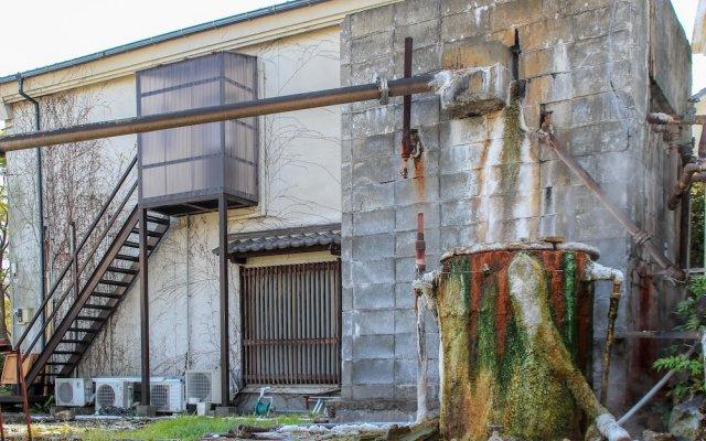 Отель Toji Stay HIROMIYA Беппу вид на фасад