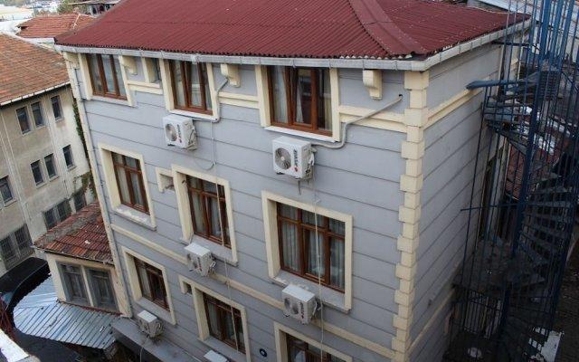 Kral Mert Hotel вид на фасад