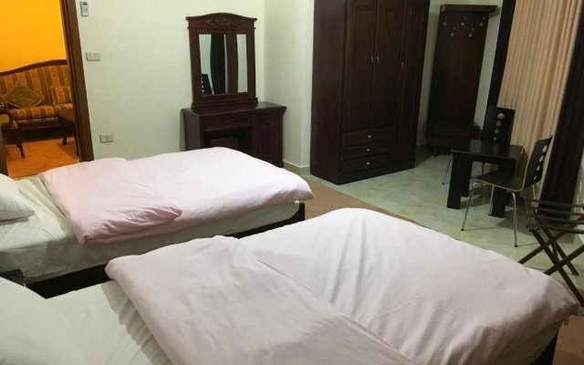 Отель Suzan Studios & Apartments Иордания, Амман - отзывы, цены и фото номеров - забронировать отель Suzan Studios & Apartments онлайн комната для гостей