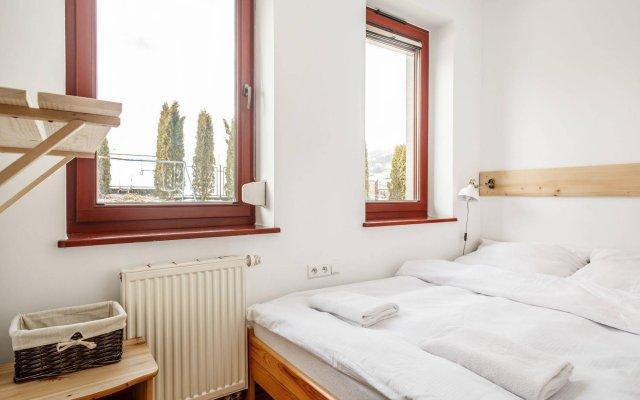 Отель Apartmenty Pod Lipkami Закопане комната для гостей