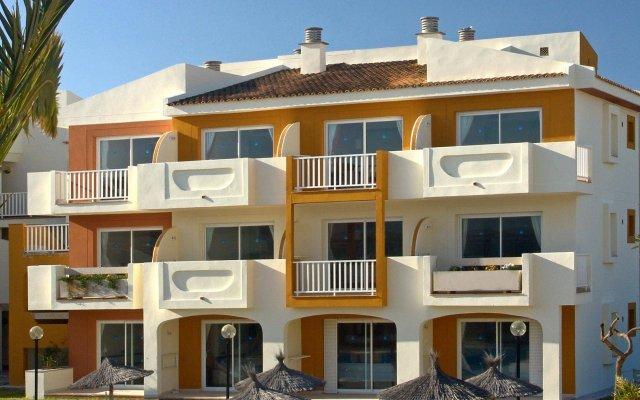 Отель Blau Punta Reina Resort вид на фасад