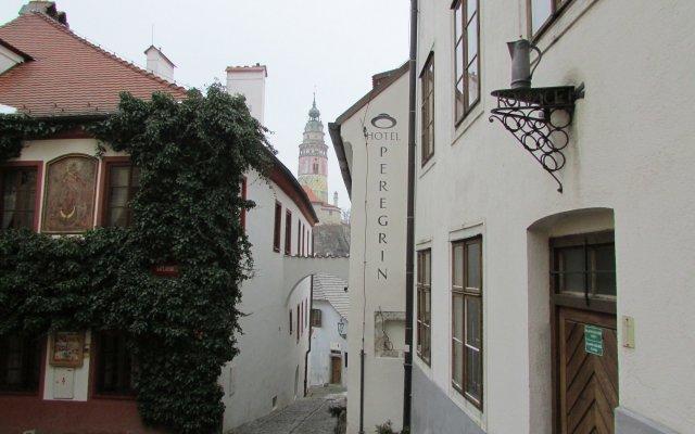 Отель PEREGRIN Чешский Крумлов вид на фасад