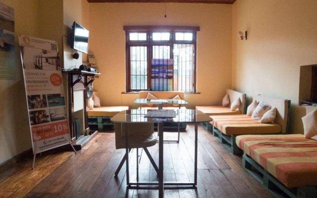Nuwara Eliya Hostel by Backpack Lanka комната для гостей