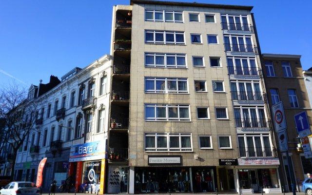 Отель Aparthotel Résidence Bara Midi Бельгия, Брюссель - отзывы, цены и фото номеров - забронировать отель Aparthotel Résidence Bara Midi онлайн вид на фасад