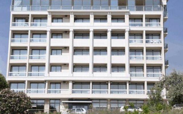 Отель Esat Otel вид на фасад