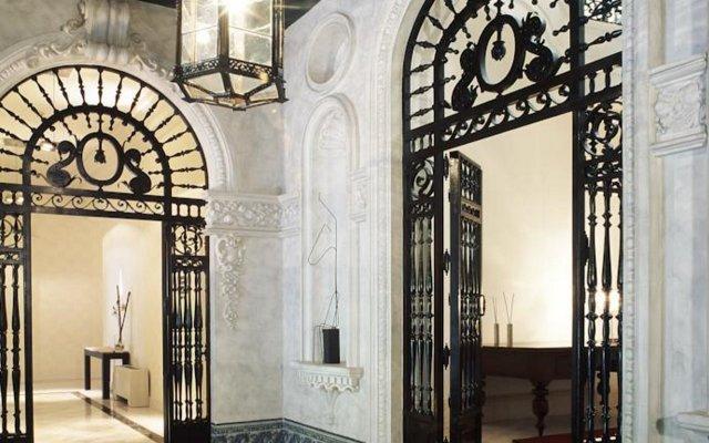 Отель Ac Palacio Del Retiro, Autograph Collection Мадрид вид на фасад