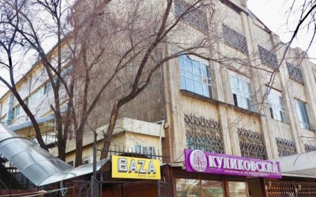 BAZA Hostel Almaty Алматы вид на фасад
