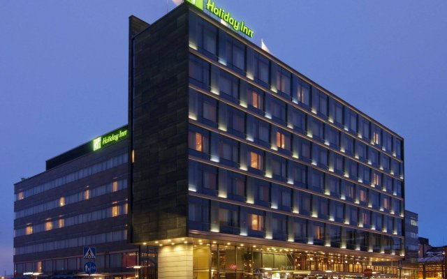 Отель Holiday Inn Helsinki City Centre вид на фасад
