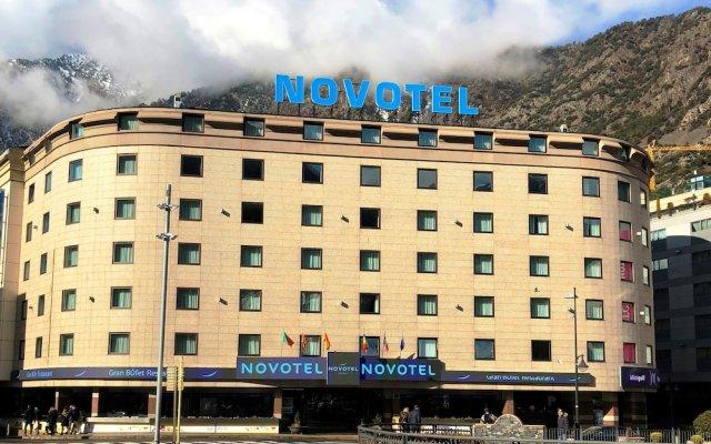 Отель Novotel Andorra вид на фасад