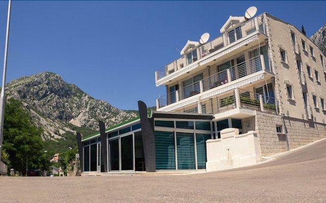 Отель Casa del Mare - Amfora Черногория, Доброта - отзывы, цены и фото номеров - забронировать отель Casa del Mare - Amfora онлайн вид на фасад