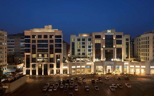 Отель Hyatt Place Dubai/Al Rigga Дубай вид на фасад