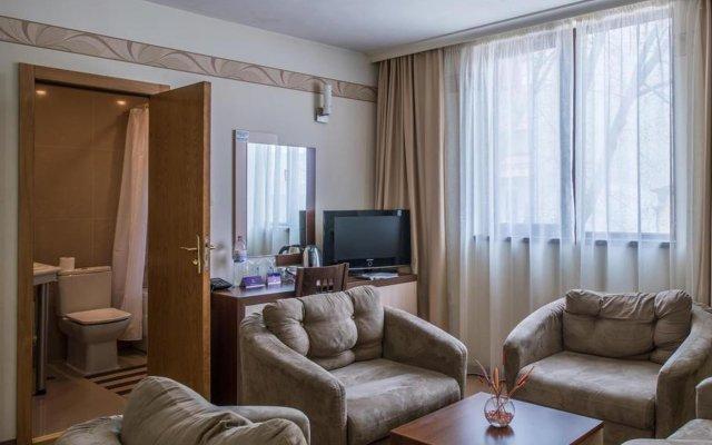 Отель Hugo Болгария, Варна - 7 отзывов об отеле, цены и фото номеров - забронировать отель Hugo онлайн комната для гостей