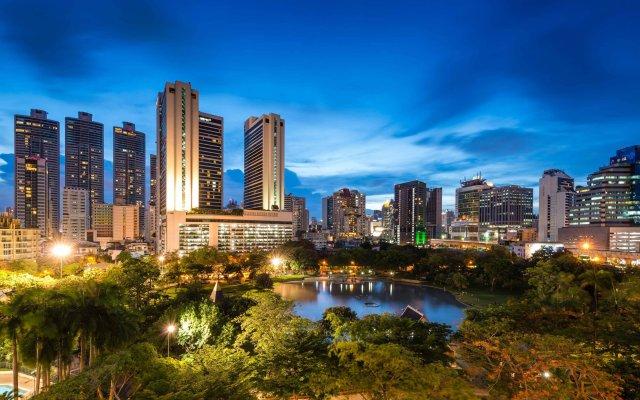 Отель Bangkok Marriott Marquis Queen's Park вид на фасад