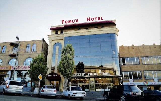Бутик-Отель Tomu's Гюмри вид на фасад