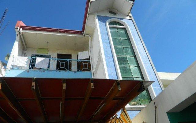 Отель Casa Santa Fe Inn Филиппины, остров Боракай - отзывы, цены и фото номеров - забронировать отель Casa Santa Fe Inn онлайн вид на фасад