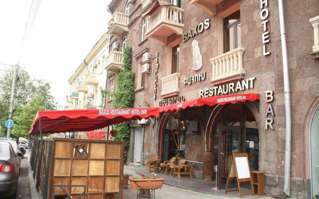 Baxos Hotel вид на фасад