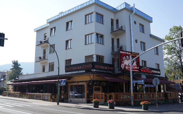 Отель Pokoje Zamoyskiego вид на фасад