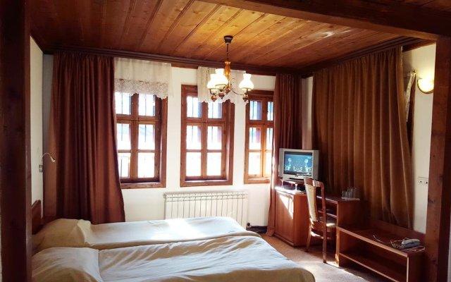 Отель Chakarova Guest House Болгария, Сливен - отзывы, цены и фото номеров - забронировать отель Chakarova Guest House онлайн комната для гостей