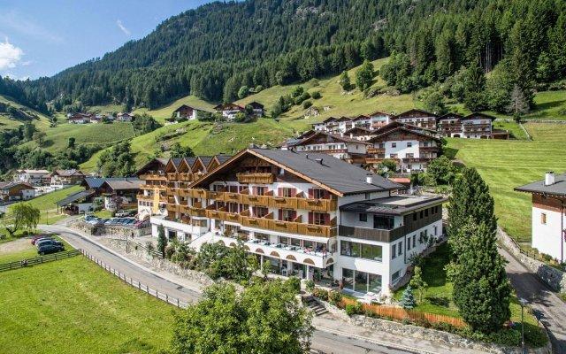 Hotel Alpenland Горнолыжный курорт Ортлер вид на фасад