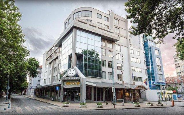 Отель Alliance Болгария, Пловдив - отзывы, цены и фото номеров - забронировать отель Alliance онлайн вид на фасад