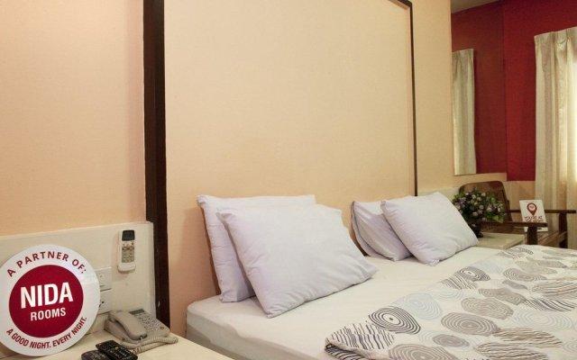 Отель Nida Rooms Bangrak 12 Bossa Бангкок вид на фасад