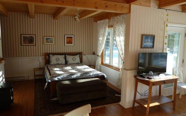 Отель Kerstins Chalet Bed & Breakfast комната для гостей