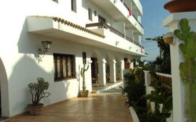 Отель Hostal Marblau вид на фасад