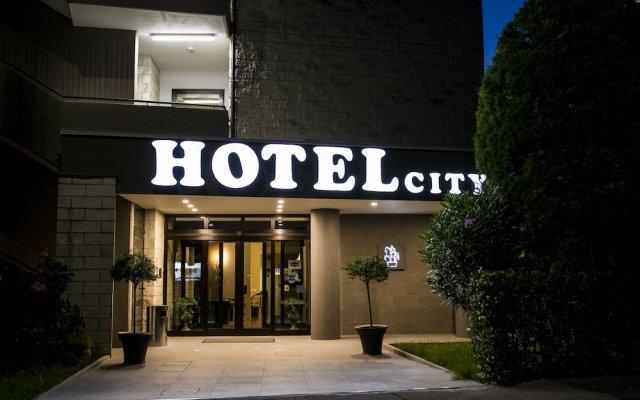 Отель City Италия, Пьяченца - отзывы, цены и фото номеров - забронировать отель City онлайн вид на фасад