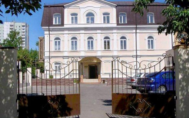 Отель Дворянская