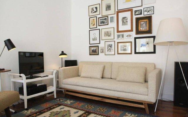 Апартаменты Alegria Apartment in Principe Real комната для гостей