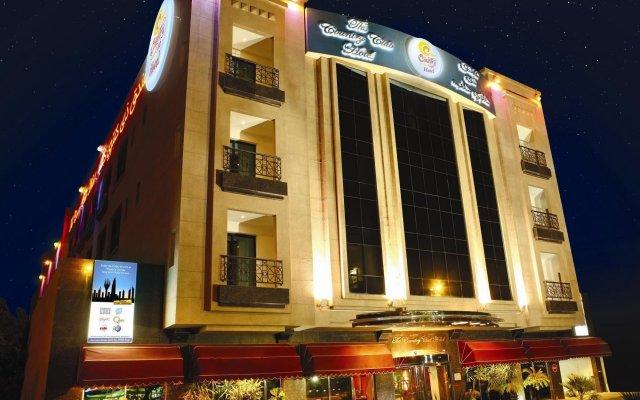 Отель The Country Club Hotel ОАЭ, Дубай - 6 отзывов об отеле, цены и фото номеров - забронировать отель The Country Club Hotel онлайн вид на фасад