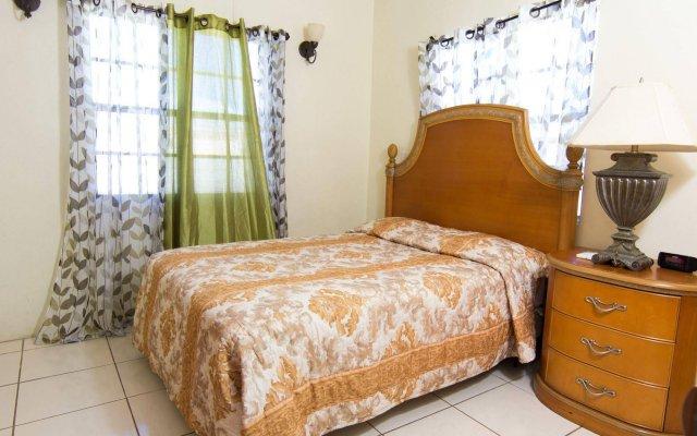 Connie's Comfort Suites 2
