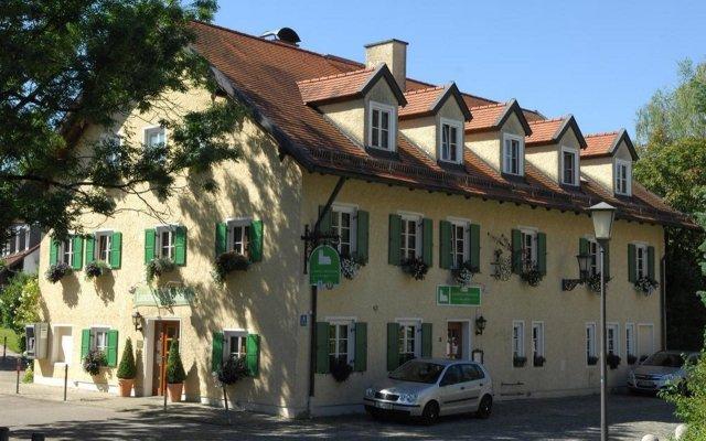 Отель Landhotel Martinshof вид на фасад