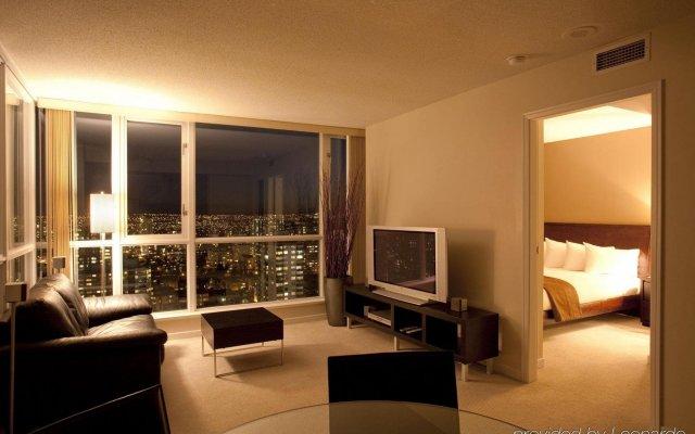 Отель Carmana Plaza Канада, Ванкувер - отзывы, цены и фото номеров - забронировать отель Carmana Plaza онлайн комната для гостей