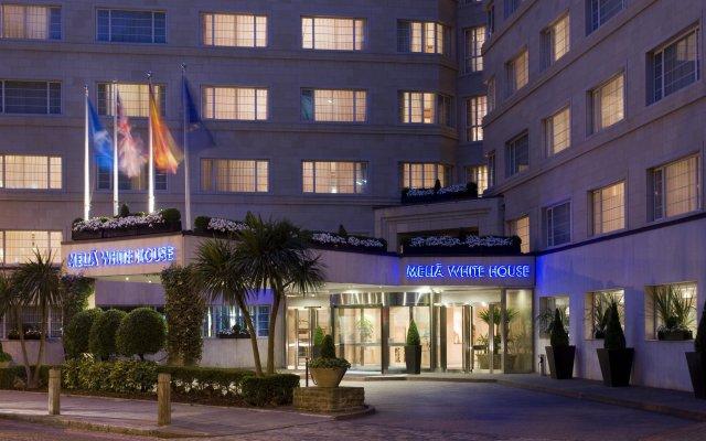 Отель Melia White House Apartments Великобритания, Лондон - 2 отзыва об отеле, цены и фото номеров - забронировать отель Melia White House Apartments онлайн вид на фасад