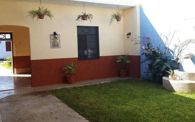 Отель Hostal La Ermita вид на фасад