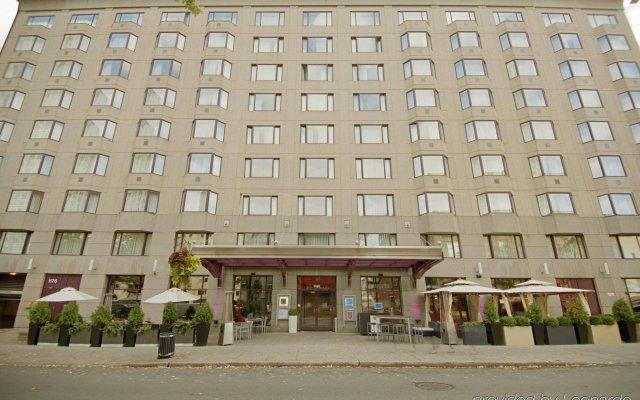 Отель Novotel Montreal Center Канада, Монреаль - отзывы, цены и фото номеров - забронировать отель Novotel Montreal Center онлайн вид на фасад