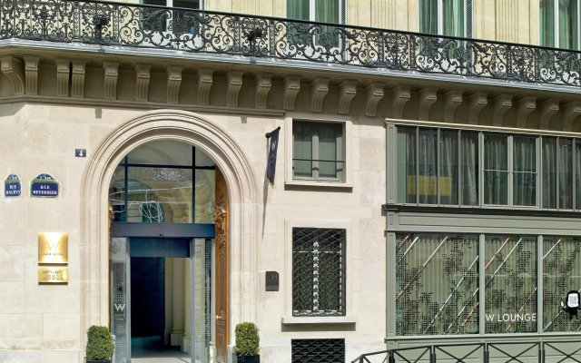 Отель W Paris - Opera вид на фасад