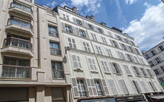 Отель Malar B вид на фасад