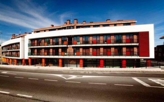 Отель Apartamentos Bahia de Boo Испания, Эль-Астильеро - отзывы, цены и фото номеров - забронировать отель Apartamentos Bahia de Boo онлайн вид на фасад