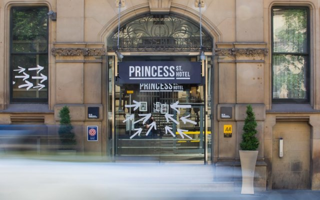 Princess St. Hotel
