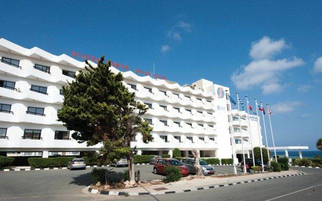 Silver Sands Beach Hotel Протарас вид на фасад